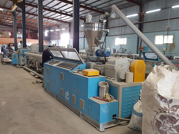 EMD-75 CPVC PIPE EXTRUSION LINE
