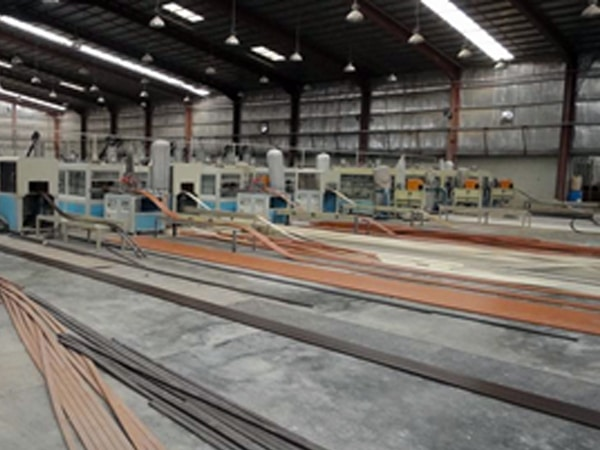 PE Synthetic Wood Extrusion Line