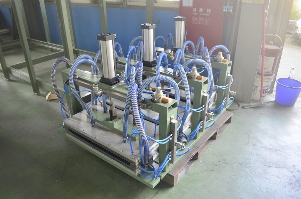 Profile Cooling Calibration Tank Machine for Door Panel