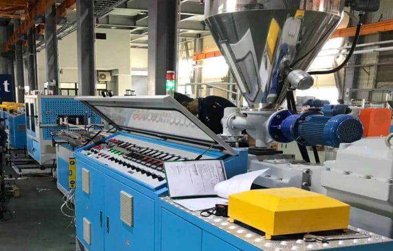 Trunking Extrusion Machine Line
