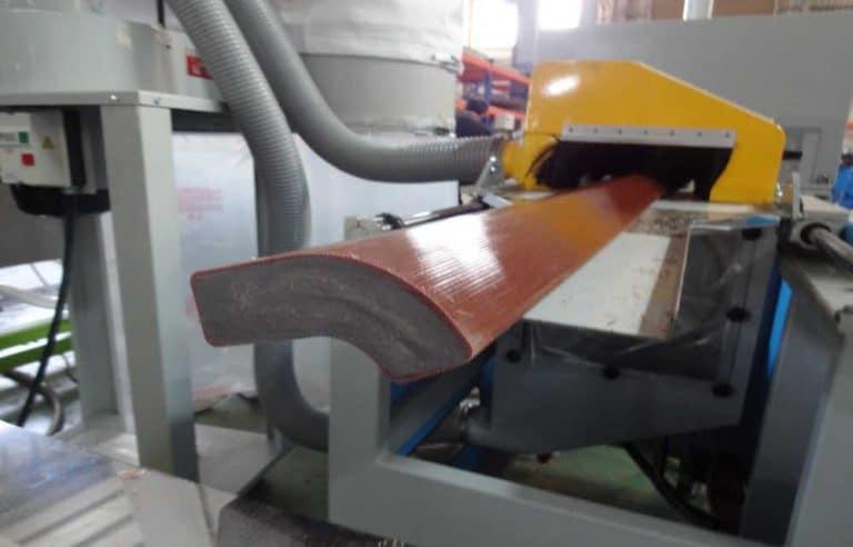 廢棄木屑回收製成PE PP 塑木 (7)